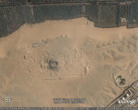 zwarte-piramide-amenemhetIII-google-earth-thumb