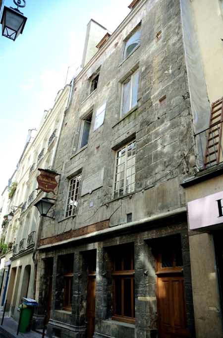 nicolas-flamel-house-paris-old-thumb